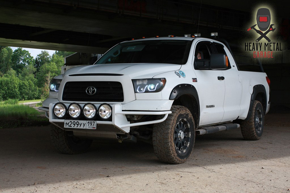 Бампер для Toyota Tundra от HEAVY METAL GARAGE
